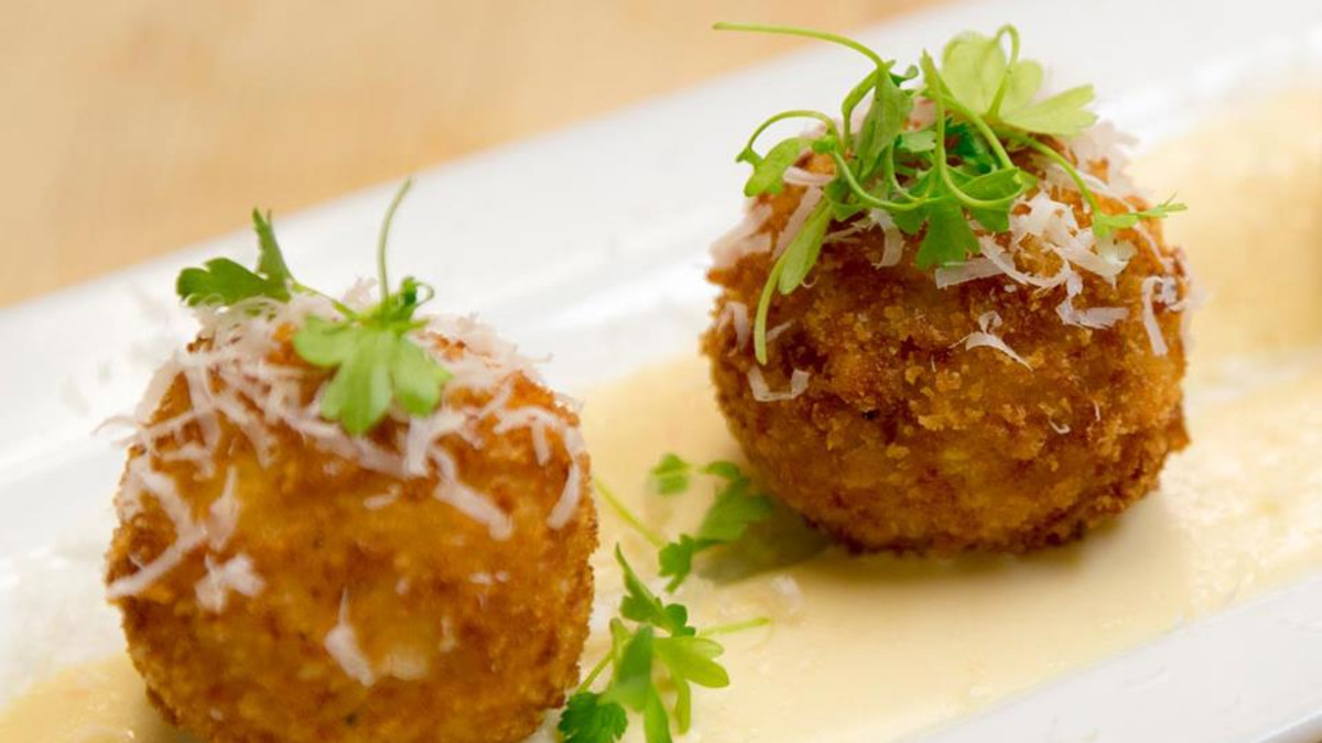 Mac  & Cheese Croquettes