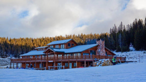 Meadowlark Ski Lodge