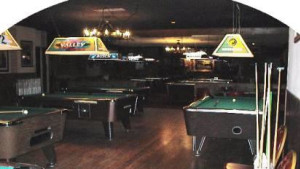 Aces Sports Bar and Grille