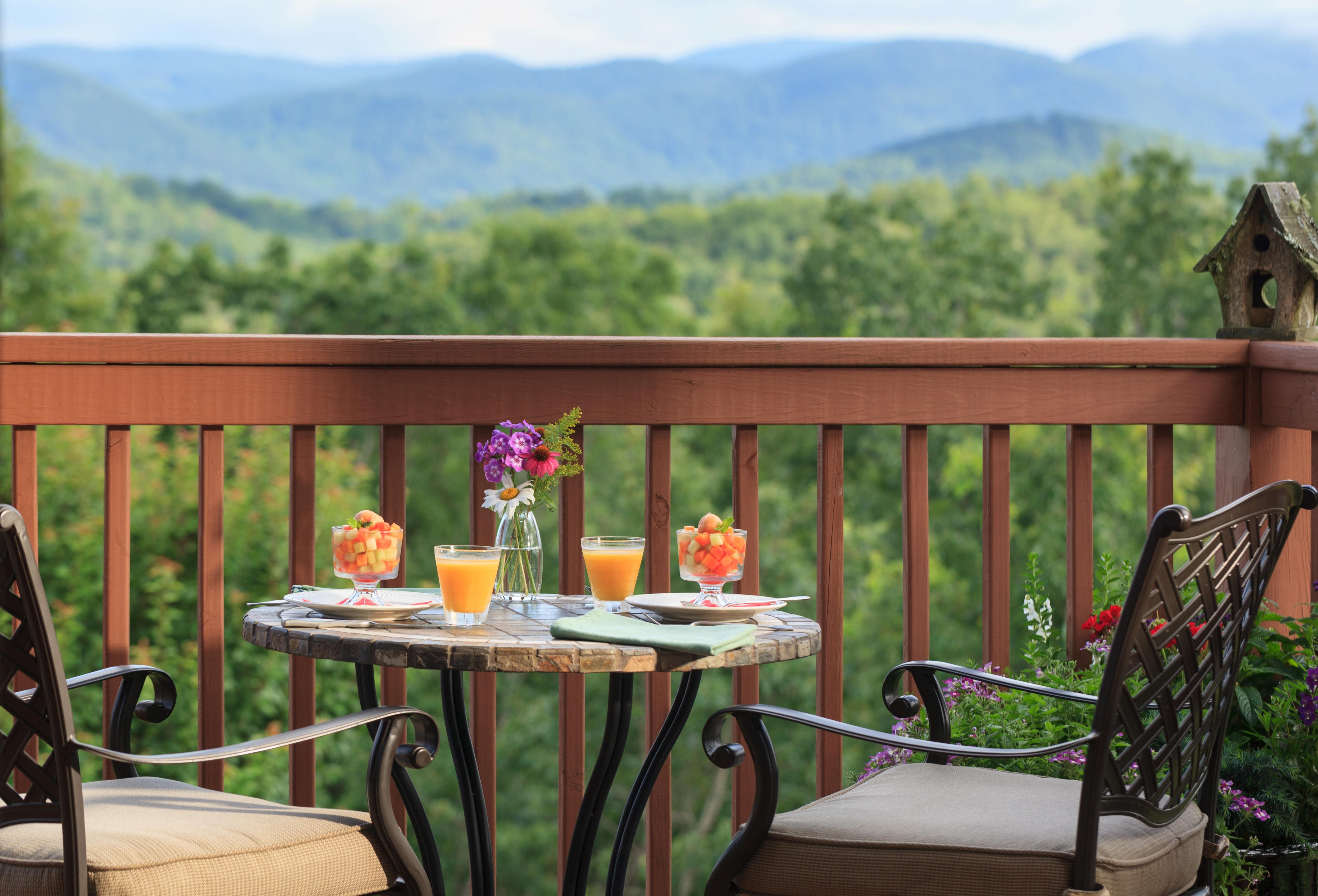 lucille's mountain top inn & spa | official georgia tourism & travel