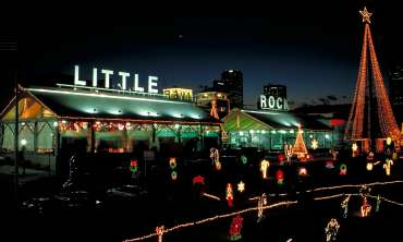 Holiday_Lights_Rivermarket.jpg