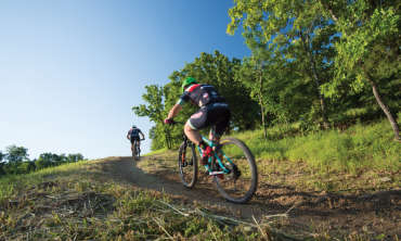 APT-35371.1-Mountain-Biking-Ben-Geren_800x480.jpg