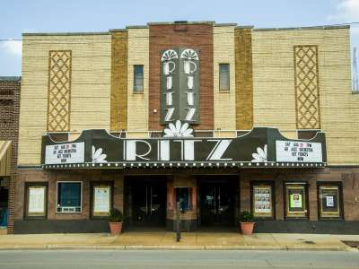 Ritz_Civic_Center_Blytheville_ACH_6241.jpg
