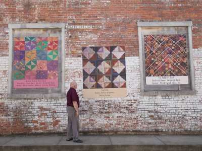 Quilt_Wall_Pocahontas_7162013_2785.jpg