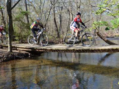 APT-35371.1-Mountain-Biking-Cedar-Glades_800x480.jpg