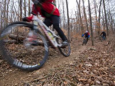 APT-35371.1-Mountain-Biking-Upper-Buffalo1_800x480.jpg