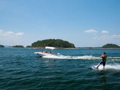 Untitled-1_0000_Lake Ouachita Watersports_DSC5309.jpg