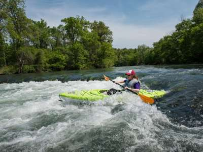 Spring_River_Kayaking_9752_1.jpg