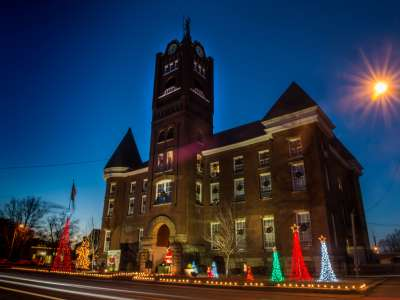 Newport_Holiday_Lights_122016_CHC_7590.jpg