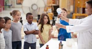 Kids watching lab milgrasp