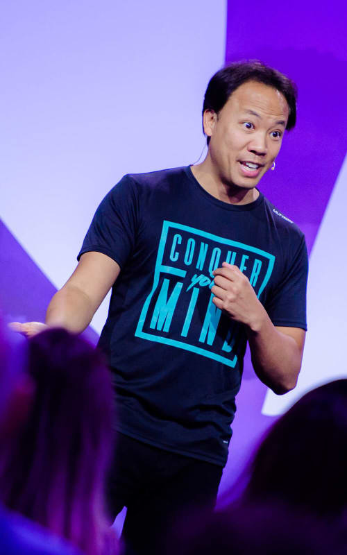 Jim Kwik on stage