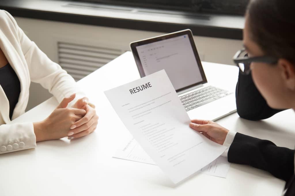 Read more about the article 11 Dicas para melhorar o currículo e deixá-lo mais atraente e profissional
