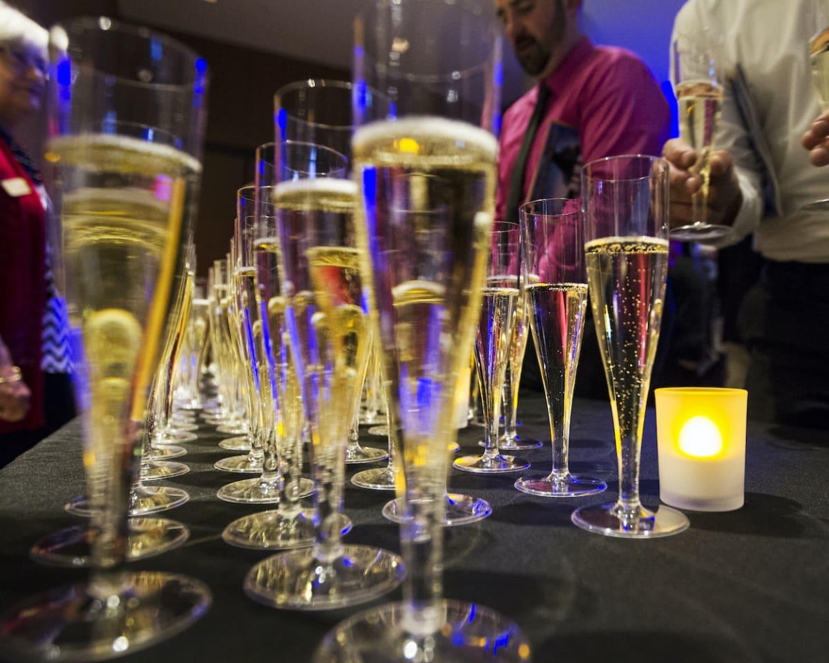 Drinks at Orchestra Hall bar