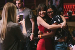 bea-with-fans-38