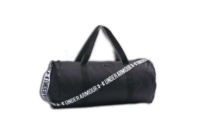 תיק אימון/ספורט UNDER ARMOUR - שחור