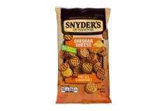 סניידרס סנדוויץ` בייגלה במילוי קרם בטעם צ`דר