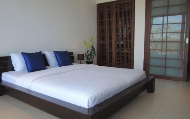 Stilvolles Zimmer mit Meerblick in Bang Tao