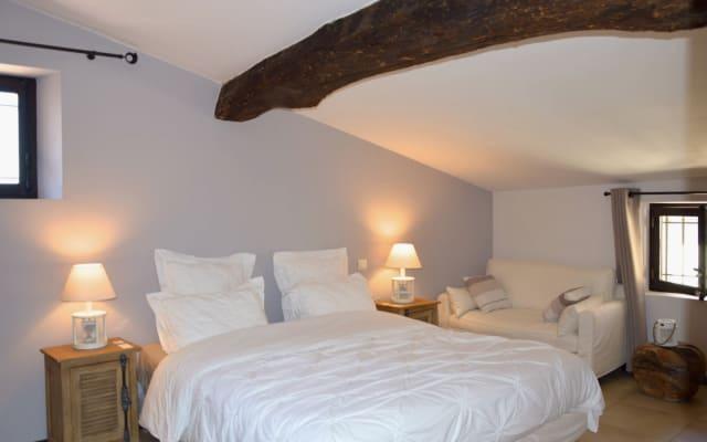 Una habitación con jacuzzi privado: Brume de Coton