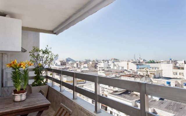 Great one bedroom apartment in Copacabana, minutes away from the beach