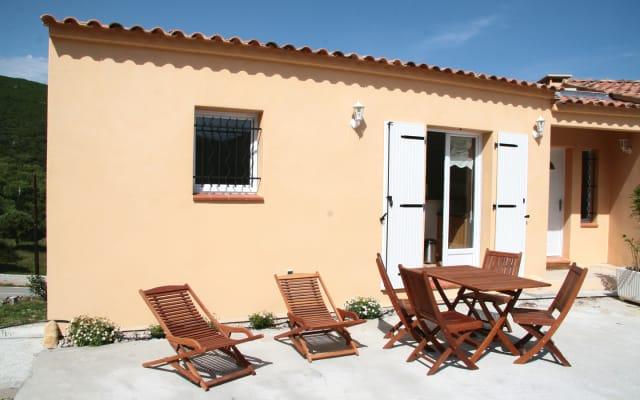 Sartene Orasi : appartement dans villa très confortable