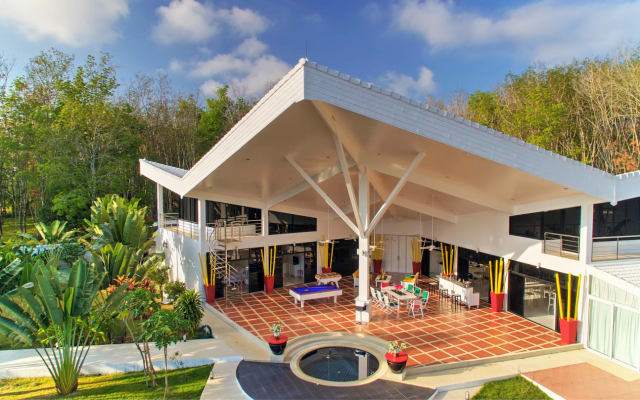 Atemberaubende moderne Villa 700M2