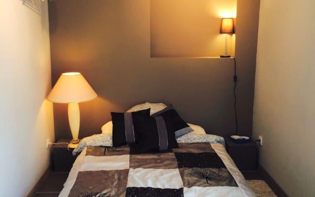Chambre en dépendance - Bordeaux centre (Saint-bruno)