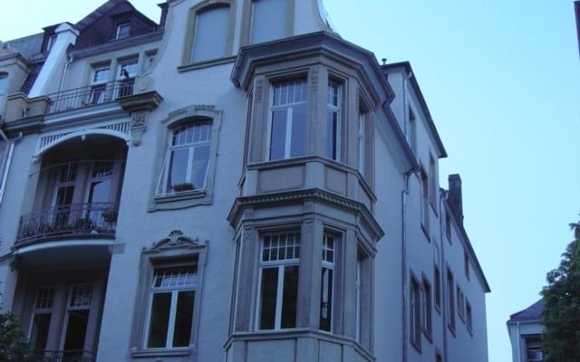 Quarto em uma virada do edifício do século