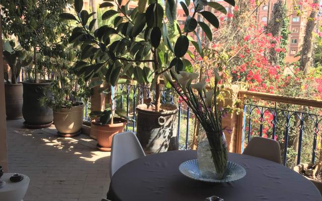Chambre privée dans un appartement lumineux avec terrasse