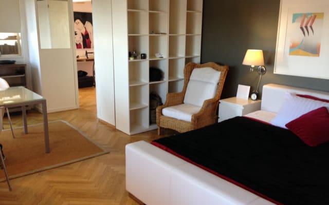 XL Doppelzimmer m. Hafenblick und Balkon