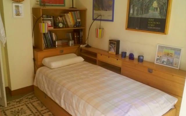 Ruzafa sunny and single bedroom