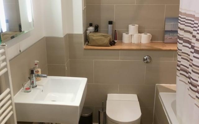 splendida camera doppia con bagno privato a 2 minuti dal ponte di...