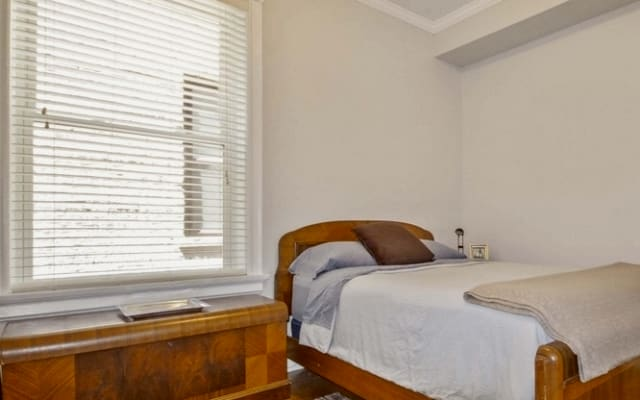 Andersonville Large Private Bedroom