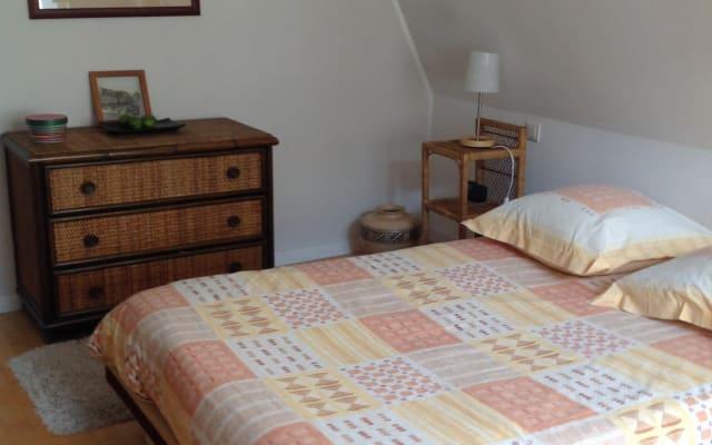 Camera nel cuore di Strasburgo con bagno privato al Chiostro
