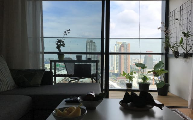 Fab Thai Stay near Airport link and MRT