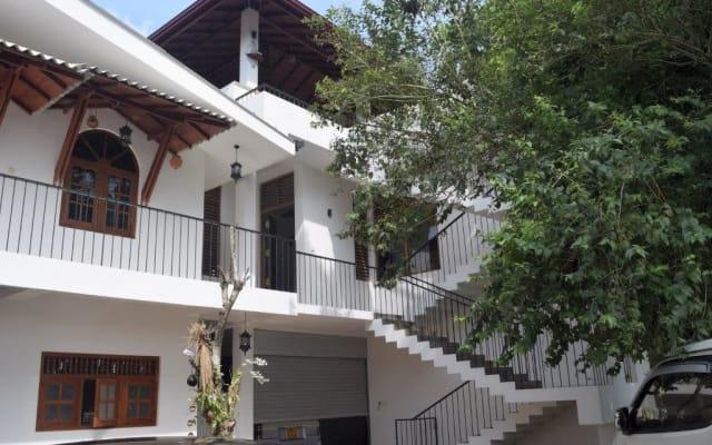 Villa Sooriya Weben