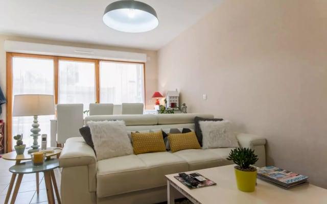 Chambre dans appartement neuf