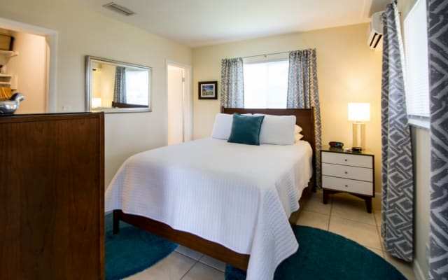 Studio: Conveniently Located in Heart of Wilton Manors (Ft Lauderdale)