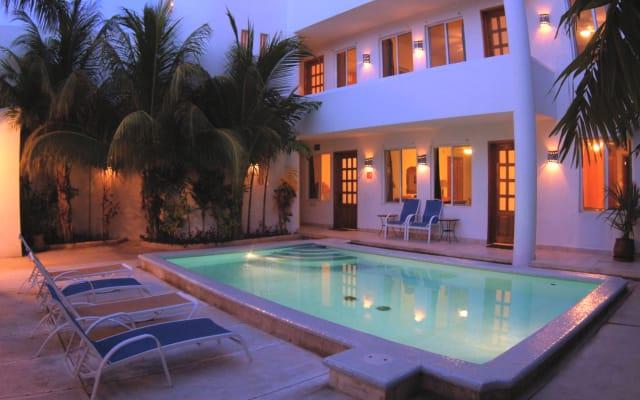 Hotel Villa Deja Blue & Restaurant