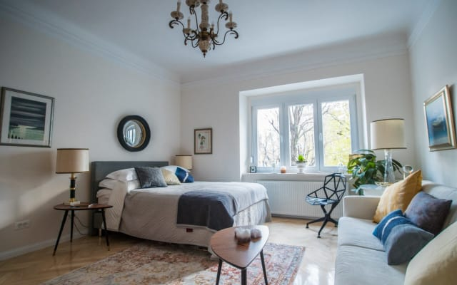 Zagreb, newly renovated, Lush Apartment