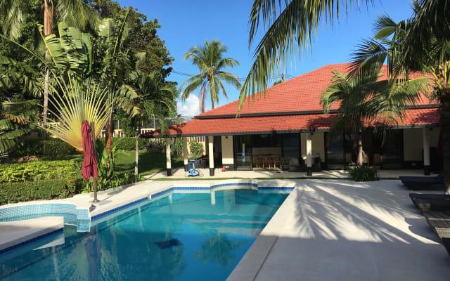 MAREMAAN, 2 villas, 16 Guests, 8 Beds/Baths