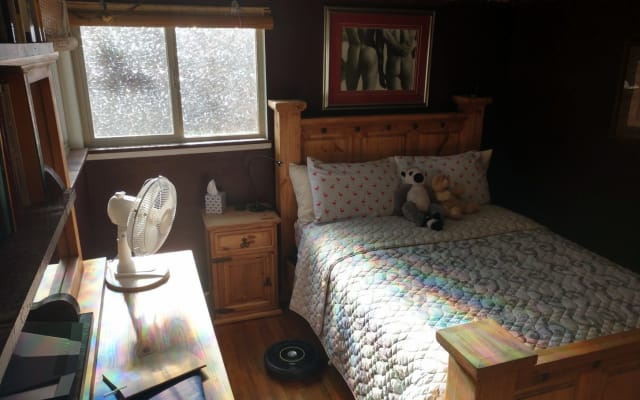 East Guest Room - Extra Cleaning Care - Clothing Optional