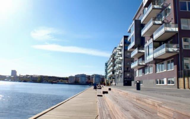 Waterfront aptm in EcoFriendly H.S with B&O HiFi