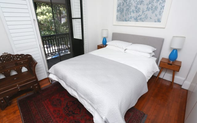 Inner City private room in charming Newtown terrace