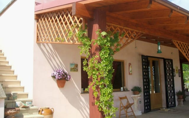 Spinose Holiday House