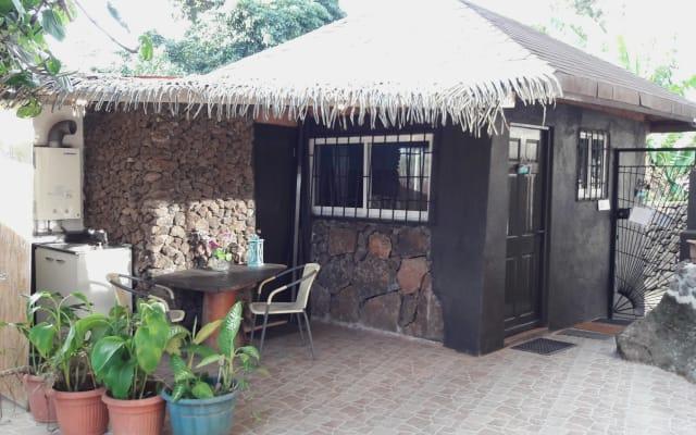 Chez Hiva - Bungalow Polynésien Town & Beach !