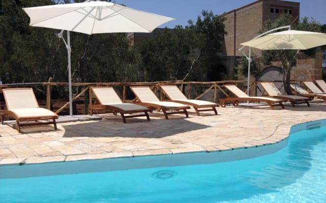 AMAZING VILLA with pool for 10 ppl only 15 min to Gallipoli