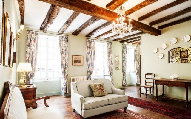 Les Suites Sarladaises in the center of Old Sarlat, La Licorne...