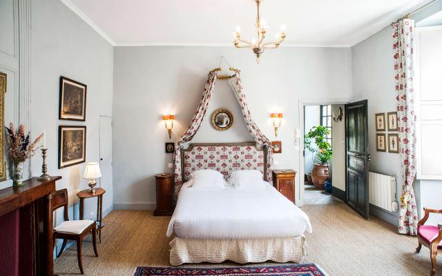 Les Suites Sarladaises in the center of Old Sarlat, Le Phenix studio...
