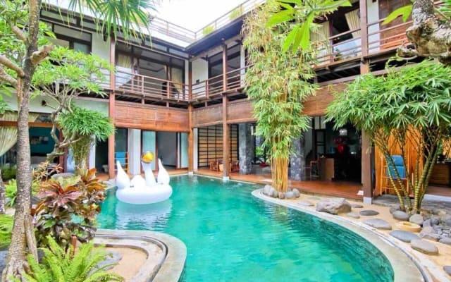 4BR Exclusive unique villa in Seminyak - Petitenget