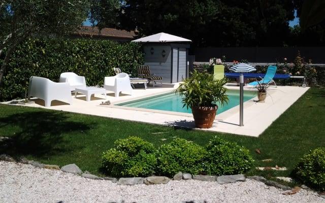Studio Indépendant dans villa avec piscine privée